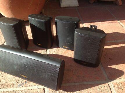 5 x Fleetwood audio surround speakers
