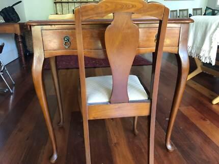 Antique table and chair - Antique Table And Chairs Antiques Gumtree Australia Eastern