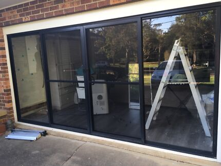 Aluminium glass sliding doors with screens