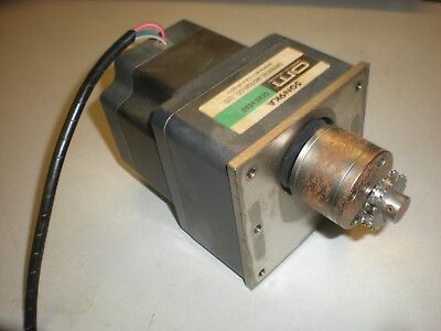 Oriental Motor Smk550a-gn Motor With 5gn9ka Gearbox - Used