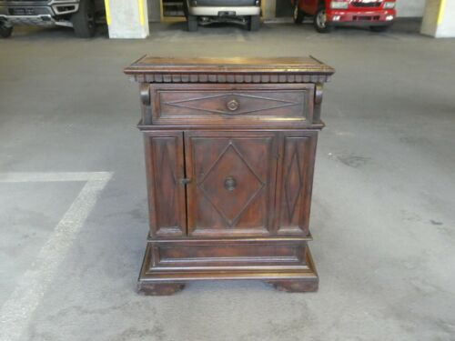 ANTIQUE 17th / 18TH C ITALIAN TUSCAN SINGLE DOOR CABINET