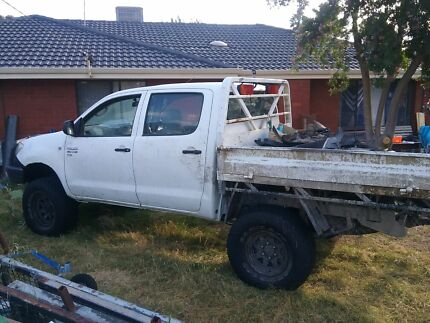 2008 toyota hilux dual cab sr 4x4 as is Armadale Armadale Area Preview