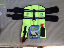 Small dog life jacket Warnbro Rockingham Area Preview