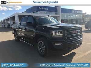 2017 GMC Sierra 1500 SLT low Kms - No Accidents - Leather