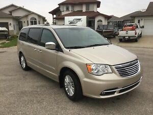 """2013 Chrysler Town and Country """"Limited"""""""