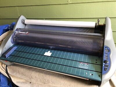 GBC Pinnacle 27 EZload School Thermal Roll Laminator 27