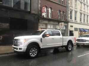 2019 Ford F-350 platinum loaded
