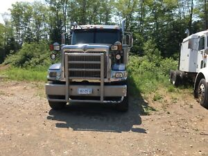 2006 International Eagle 5900i tri-axle dump
