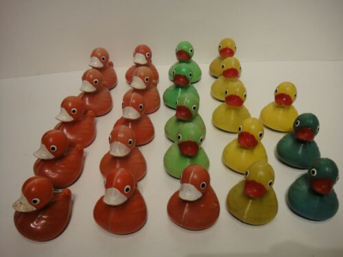 Lot of 23 Vintage Hard Plastic Carnival Ducks Pick up Game Blue Yellow Red Green