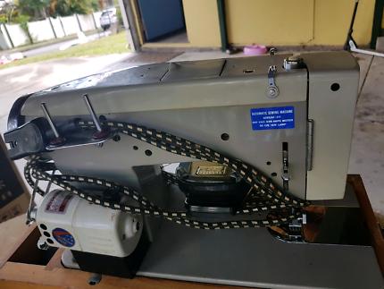 Sewing machine vintage in good working order