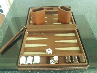 """Vintage Brown Faux Leather Travel Backgammon Set.9"""" X7"""" segunda mano  Embacar hacia Mexico"""