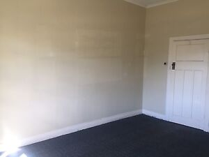 Central Ballarat spacious rooms for rent Ballarat Central Ballarat City Preview