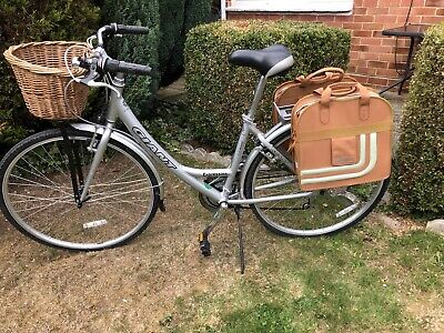 Ladies Giant Expression Road Bike Small with Front Basket And Two Rear Panniers