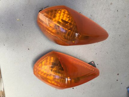 Vfr800 Front indicators