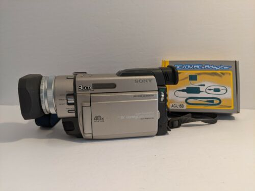 Sony Handycam DCR-TRV900 Mini DV Camcorder + AC Adapter Tested Working Free Ship