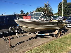 Quintrex 89 Aluminium Boat / Tinny and Johnson 50 hP with extras. Monterey Rockdale Area Preview