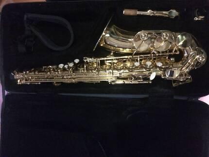 Ashton Alto Saxophone