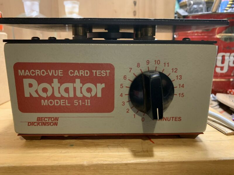 Becton Dickson Macro-Vue Card Test 51-II Shaker Mixer- Very Good Condition
