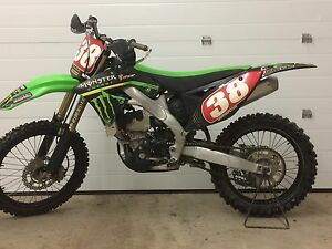 2011 KXF 250 in MINT CONDITION