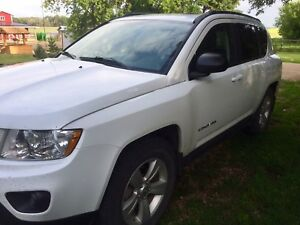 2013 Jeep Compass Limited!!