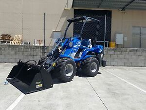 Kels tight access mini loader & tipper / Crane Hire Redwood Park Tea Tree Gully Area Preview
