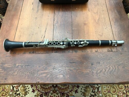 vintage leslie sheppard cased clarinet