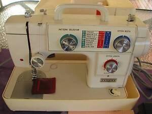 Janome Compact 8 Stitch Sewing Machine Ex Cond + Manual. Serviced Kotara Newcastle Area Preview