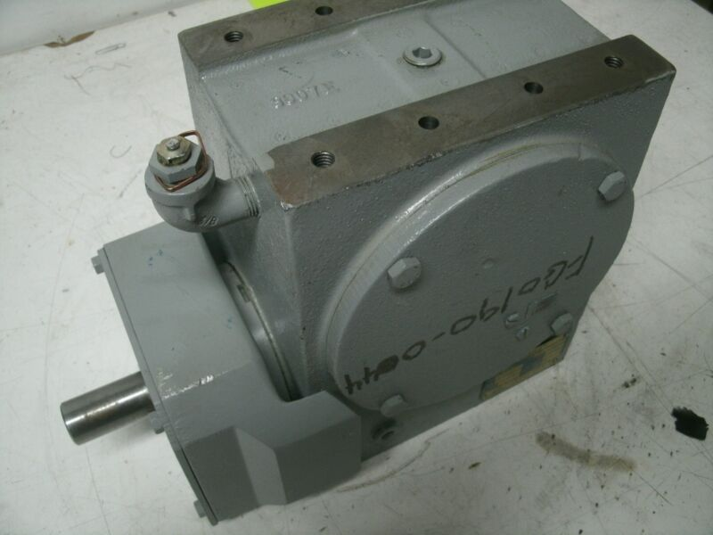 CLEVELAND WORM GEAR SPEED REDUCER 30E 30E27M RATIO 7- 1/2:1 NEW