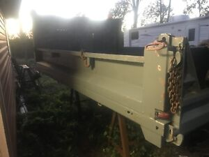 11 foot dump box with cly and lights