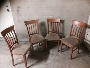 Six oak chairs Wollstonecraft North Sydney Area Preview