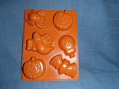 Jello Jiggler Halloween Mold, Pumpkin, Bat, Skull, Jigglers, Shots, Candy, Soap - Jello Jiggler Molds Halloween