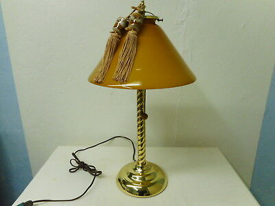 (Vintage Tiffany West Los Angeles Glass Butterscotch Table Desk Lamp PRETTY!!)