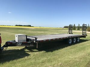 SWS flatbed trailer