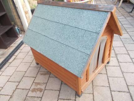 Medium Size Timber Dog Kennel Beckenham Gosnells Area Preview