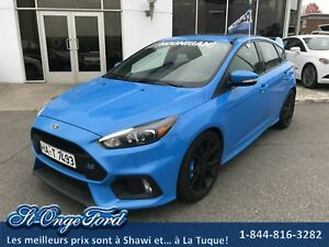 Ford Focus RS toit ouvrant, sièges recaro!