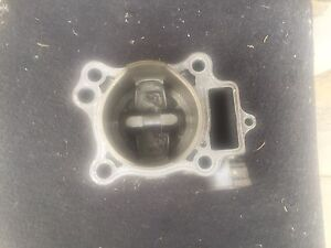 2004 Crf 250 cylinder and piston