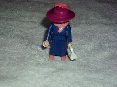 PLAYMOBIL  VICTORIAN FEMALE FIGURE WITH HAT AND BAG, V.G.C