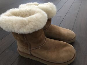 Ugg Boots size US 5