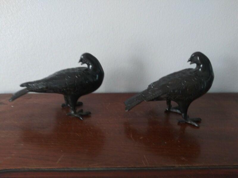 Vtg Cast Iron Metal Birds Doves Pigeons Large Figurines Statues Pair Preening