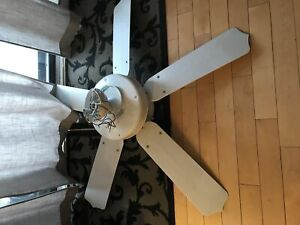 Fan/light - white - great condition