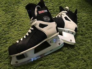 Men's Hockey Skates 8.5 CCM Tacks 252, PRO Lite 3