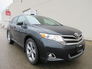 2013 Toyota Venza-LOW KM'S, AWD, DUAL SUNROOF, HEATED SEATS