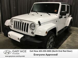 2016 Jeep Wrangler Unlimited Sahara W/ PUSH START!!