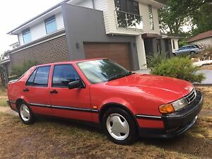 Swedish Luxury Saab Turbo 9000 saloon / Leather / comfortable Griffith South Canberra Preview