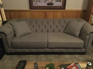 ONE YEAR OLD 3 PIECE COUCH SET