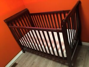 Crib 200$ OBO Need gone