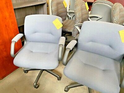 Heavy Duty Chair By Steelcase Model 454311mu Weight Capacity Up To 350lbs