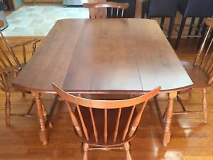Antique table w/ 6 antique chairs for sale