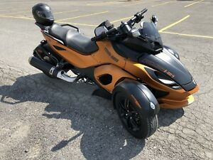 2011  CanAm Spyder RS-S   14,000 KM