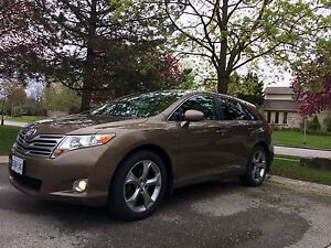 Toyota Venza Low Km, Full equipped
